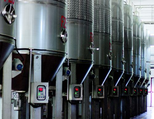 国菲酒庄:葡萄园里的新尝试