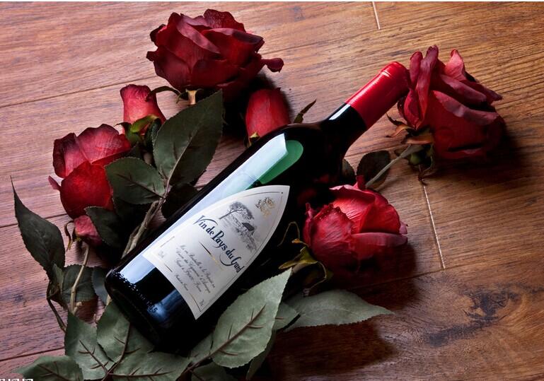 红酒连锁 我想在2015年做红酒生意,要怎么去经营呢?