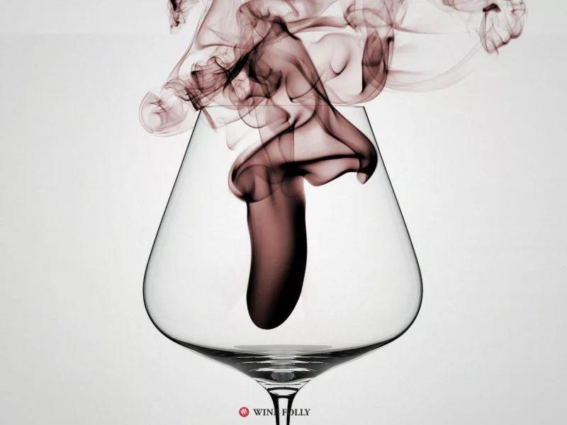 """如何判断葡萄酒是否变质?只看""""保质期""""可不行!"""