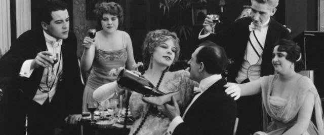 如何品鉴葡萄酒:如何掌握最基础的观、闻、品三字诀